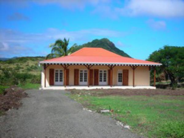 Construction maison bois martinique 972 for Achat de maison en martinique
